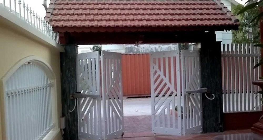 Thanh kèo (Xà gồ) Zacs cũng được ứng dụng trong việc làm cổng