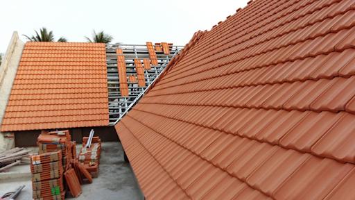Ngói truyền thống là lựa chọn phổ biến cho mái nhà