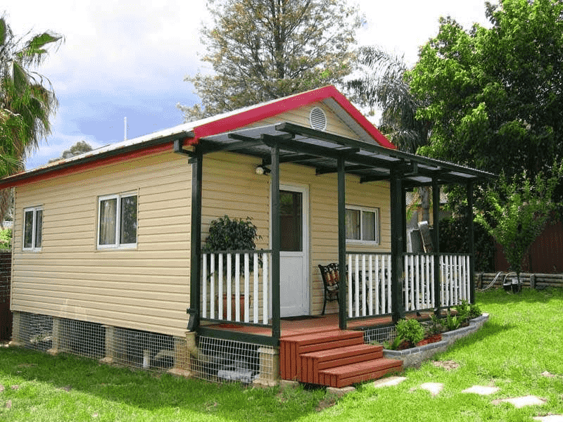 Thiết kế nhà khung thép mái tôn có ban công