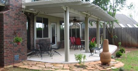 Mái hiên góp phần tăng thẩm mỹ kiến trúc ngôi nhà